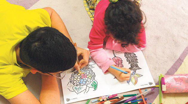 Çocuklar, resimlerinde ruh hallerini yansıtıyor